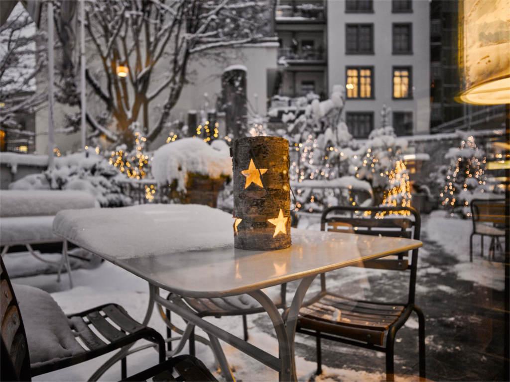 hotel hofgarten in luzern urlaub schweiz. Black Bedroom Furniture Sets. Home Design Ideas